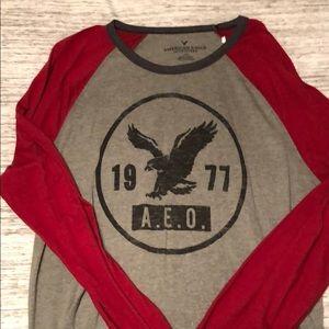 American Eagle baseball style T shirt